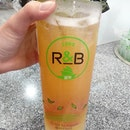 My favourite drink from R&B tea is the fruit tea series, specifically the peachy/passion crystal ($4)!