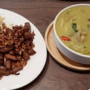 Impromptu dinner to this Thai eatery in potong pasir!