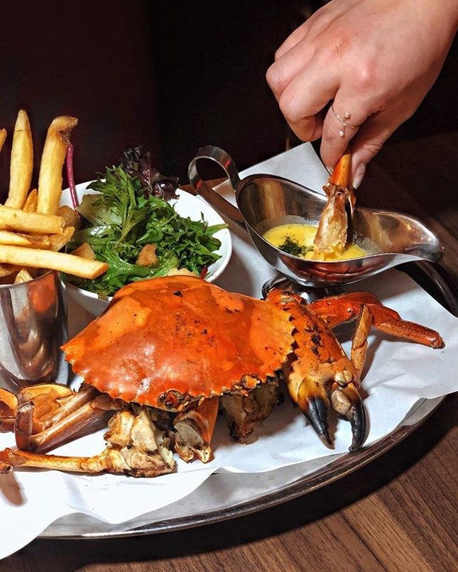 Whole Grilled Crab —$55 From next Mon (25Mar), @pinceandpints will be rolling out yet another pincer favourite, the crab 🦀, on top of their well-known lobster signatures!