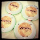 Lunching with @esthermokkers @benedictcfm @KoHyUsHAn #astons #lunch