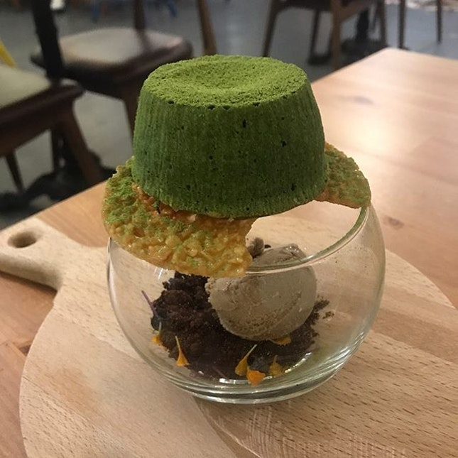 Have a matcha avalanche to fight away the Monday Blues.