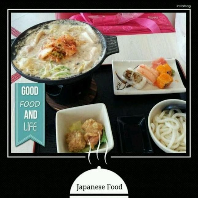 Kimchi Chicken Nabe with Fried Chicken