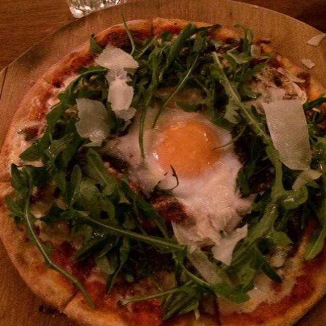 Truffle Egg Pizza