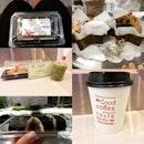 #lelongleongmarket #dockyardcoffee @dockyardcoffee @fatricesg @lavanille_patisserie #foodphotography #foodforfoodies #foodporn #foodheaven #foodsg #foodie #burpple  #sgfood #foodporn #foodpornsg #sgig #foodstagram #foodgram #foodiegram #sgfoodies #fatdieme #iconosquare - no flea market is complete without coffee and bite size food!