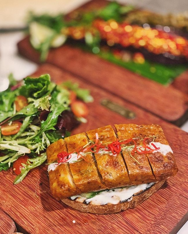 Love this chunky and juicy Mackerel otah toast ($16) by @violetoonsingapore!