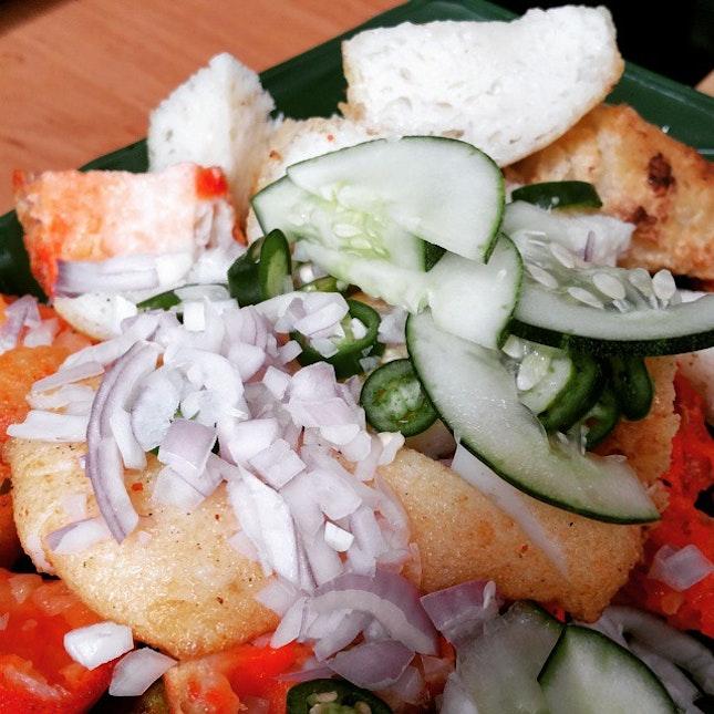 Indian Rojak from Dudu Cafe #sgig, #igsg, #sgfood, #instasg #food #foodpics #foodporn #instafood #foodies #foodgasm #foodstagram #burpple #delicious #yummy #awesome #iglikes #tripadvisor #foodblogger #sgfoodie #sgfooddiary #openrice #hungrygowhere #igfood #sgfoodies #eatoutsg @eatdreamlove #eatdreamlove #indianrojak #indianfood @sgfoodies http://www.eatdreamlove.com