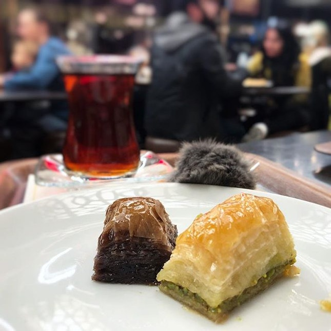 A little taster of the chocolate and original pistachio baklava at this old pastry shop filled with a huge variety of turkish sweet treats!