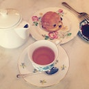 Afternoon tea date with the boy.