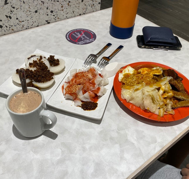 Breakfast At Ion Basement 4