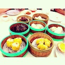 Dim sum with the fam!