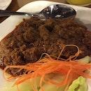 Rendang Sapi #sgeats #followme #foodblogger #singaporefood #delicious #yummy #foodgasm #foodstamping #sgfood #foodoftheday #foodporn #burpple #foodspotting #fatdieme #foodgasm #instafood #openricesg #justeat #foodphotography #8dayseatout #instasg #umakemehungry #lifeisdeliciousinsg #foodblogs #nomnomnom