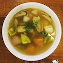 Clear Tom Yum Soup .