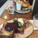 Brioche French Toast (front), Common Man Burger (back)