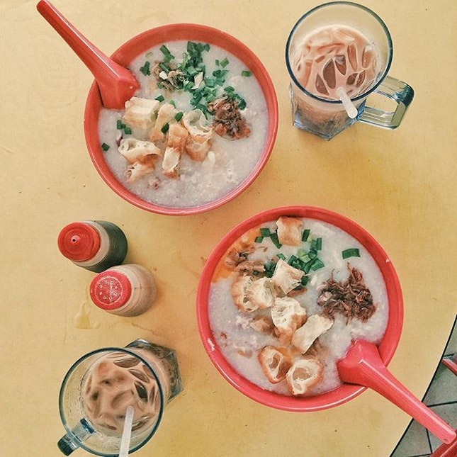 Favouritest porridge in the whole of Singapore for breakfast today!!!!!