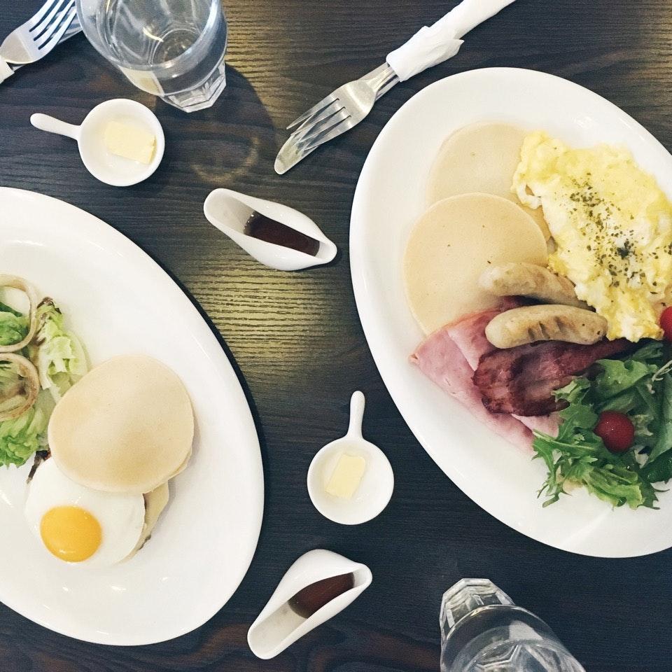 Juicy Beefy Patty + Breakfast Mambo Combo