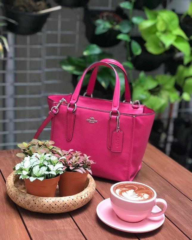 @bubblebeemy impressive interior, love the #indoorgarden #outdoors hanging #garden , #mocha served in #dusty #pink #coffee #cup sooo #sweet 🛍💝💕 #coach #handbag #slingbag #hotpink very hot !