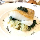 Gorgeous #codfish with #mashedpotatoes #spinach for #lunch last Saturday.