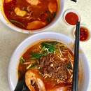 Penang Prawn Noodles ($4/bowl)