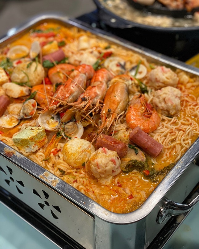 Tom Yum Mama: From $6 (1pax) to $22 (3-4pax)