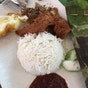Selera Rasa Nasi Lemak (Adam Road Food Centre)