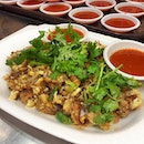 """Hands up all of you who like extra chilli / 辣椒多 / """"hiam jio jway jway"""" / belachan lebeh, with whatever you eat."""