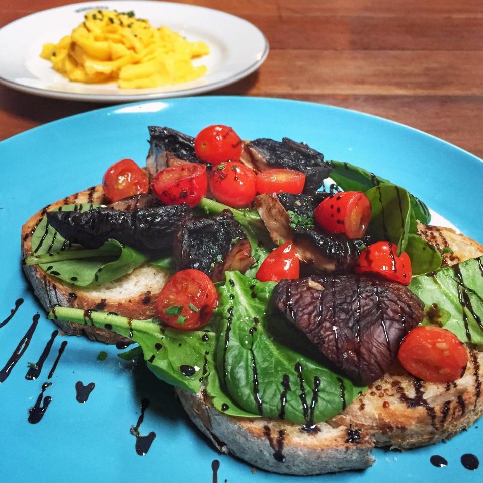 Oven-baked Mushrooms On Toast  ($17.90)