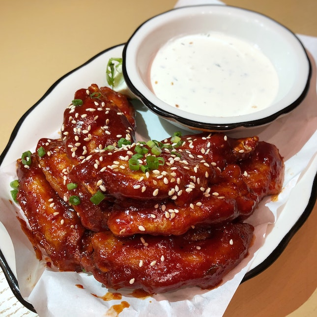 Black Tap Wings Are Perfect For Sharing (10pcs: $13++)