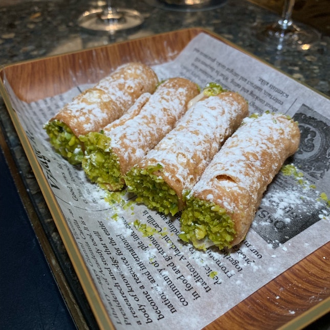Incredibly Scrumptious Cannoli ($15++)