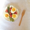 20140902 Boiled eggs & grilled baby asparagus & tomatoes for breakfast today!