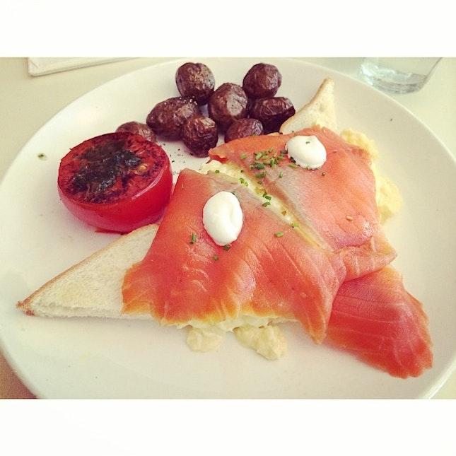 Had a yummy lunch with @thatdenisefeeling!