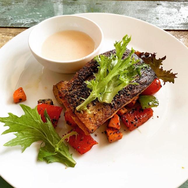 Pan-Seared Salmon With Lemon Butter Sauce ($22)
