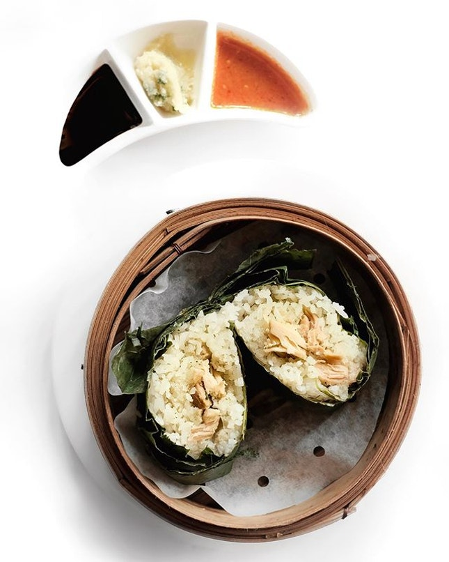 Steamed Hainanese Chicken with Sticky Rice Wrapped in Lotus Leaf •SGD 4++• • As this year's Bicentennial National Day draws near, Yàn presents a special array of dim sum to mark the commemoration.