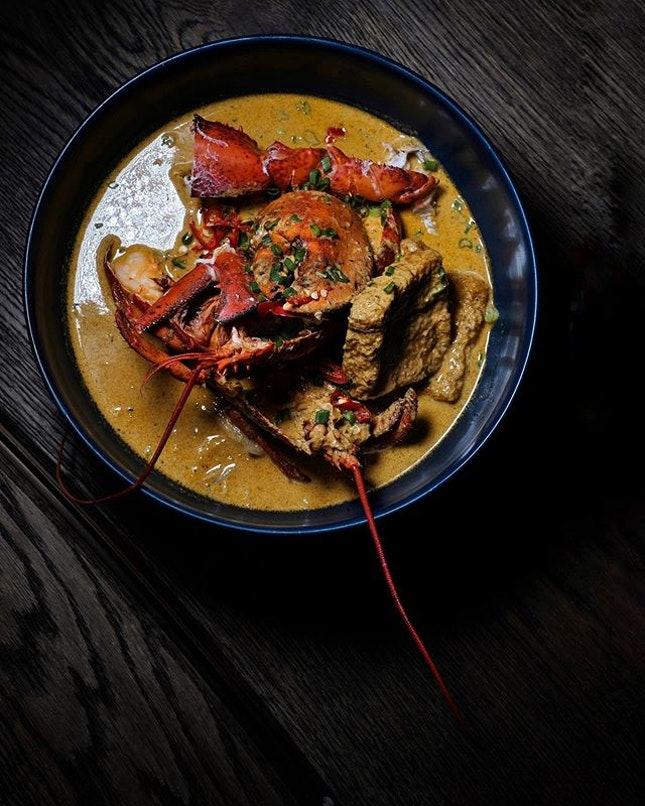 Laksa Lobster •SGD 70++• • Previously a pop-up National Day special, you'll be elated to know that this is now a permanent dish exclusive to the Burger & Lobster's new outlet at the newly reopened Raffles Arcade.