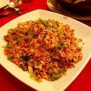 #friedrice #shanghainese #chinesefood #dinner #grandshanghai #sgfood #singapore #food #foodie #foodstagram #ilovefood #icapturefood #instafood #foodporn #foodgloriousfood #epochtimesfood #foodblogger #yummy #delicious #8dayseatout #eatout #burpple