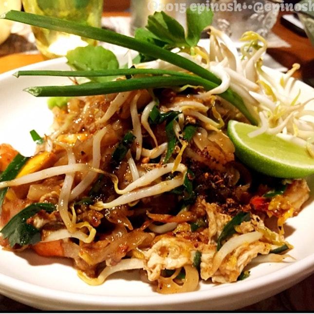 Fresh Pad Thai