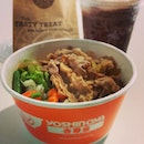 Hard-Earned Lunch: Beef Bowl + Pure Double Chocolate #Yoshinoya #CBTL #lunch #得来不易