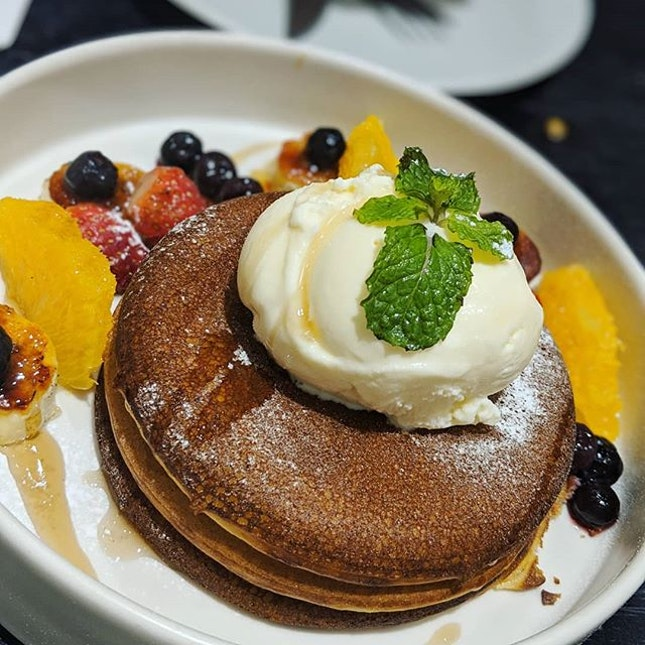 define pancake: proper breakfast meal or dessert?