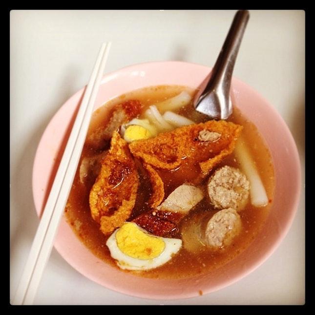 Crunchy pork noodle