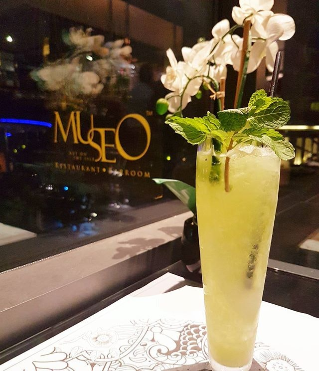 Be as cool as cucumber with the Cucumber Mojito ($16) @museo and chill by the bay @quaysideisle in sentosa.
