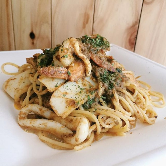 For $10 Seafood Laksa Pasta Set Lunch
