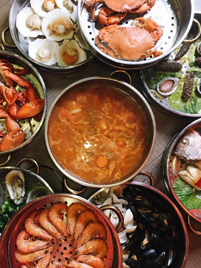 For Impressive Nine-Tier Seafood Towers