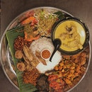 For Good-for-Groups Platters of Nasi Ambeng