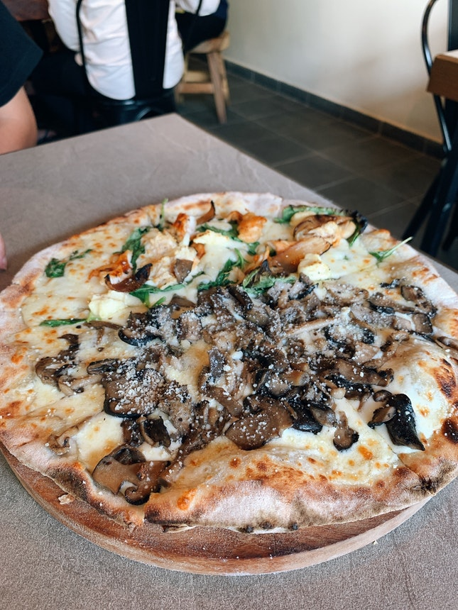 For Delicious Wood-Fired Pizzas