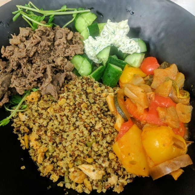 Beef Fried Quinoa Bowl