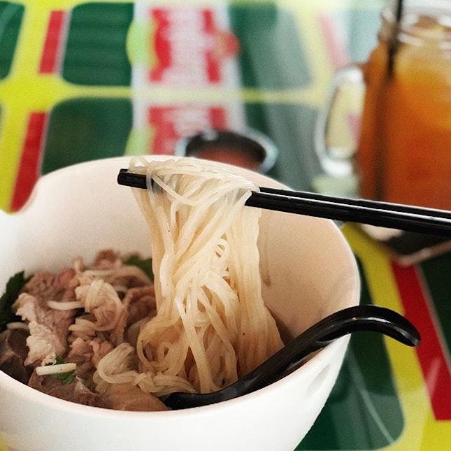 Beef Noodles lunch set from #bangkokjamsg .