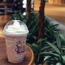 Simply cannot stop myself from getting this Taro Ice Blended drink @the_coffee_bean_singapore For some this may be a little sweet but the sweetness level is just right for me and this definitely up my mood level 😁 .