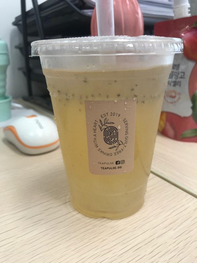Lemongrass Kombucha with White Pearls (+$0.80)