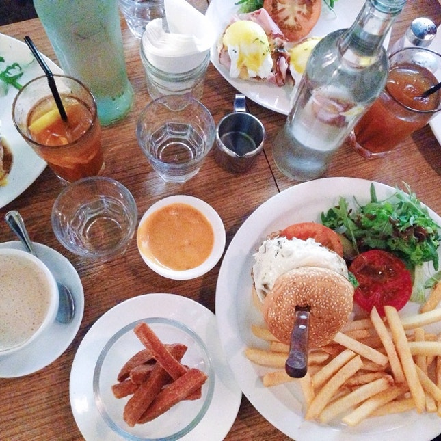 Brunch & Burger Menu