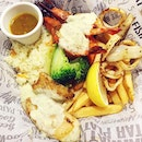 Small Flame #Platter from Manhattan Fish Market after River Safari the other day,  #seafood #food #foodie #foodiesg #sgfoodie #foodart #foodinc #fooddiary #foodstagram #foodspotting #foodporn #foodphotography #sgfood #sgfoodporn #sgfooddiary #sgmakandiary #lifeisdeliciousinSingapore #Burpple #HungryGoWhere #sgweekendfeast #vitagensg #sgeats #openricesg #droolsnapnom #eatoutsg #eatbooksg