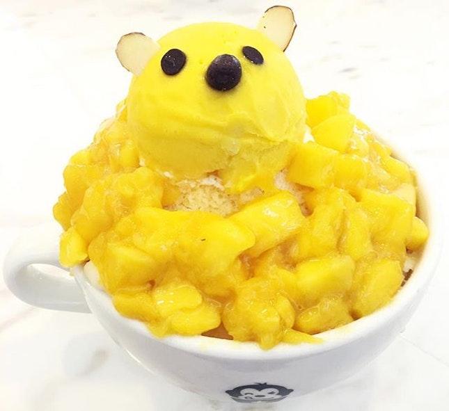 Mango Bingsu to fight the heat 🍧  #KoreanDessert #dessert #sweet #cafe #cafehunting #cafehopping #sgcafe #food #foodie #foodiesg #sgfoodie #foodart #fooddiary #foodstagram #foodspotting #foodporn #foodphotography #sgfood #sgfoodporn #sgfooddiary #sgmakandiary #instafood #lifeisdeliciousinSingapore #Burpple #HungryGoWhere #8DaysEat #eatoutsg #eatbooksg #sgeats #thegrowingbelly